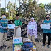 WIZ Bone Salurkan Bantuan Kebakaran Welado